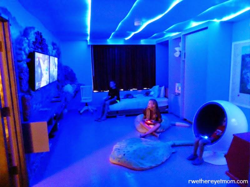 Sleep Under the Sea at Omni San Antonio at the Colonnade's Aquatica Suite ~ San Antonio, TX - R ...
