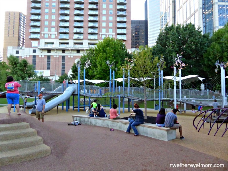 Houston with Kids: Discovery Green
