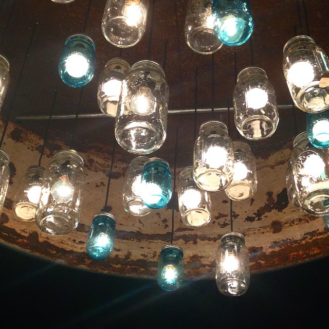 I love the lights in here. Can you tell what they are? #roundrock