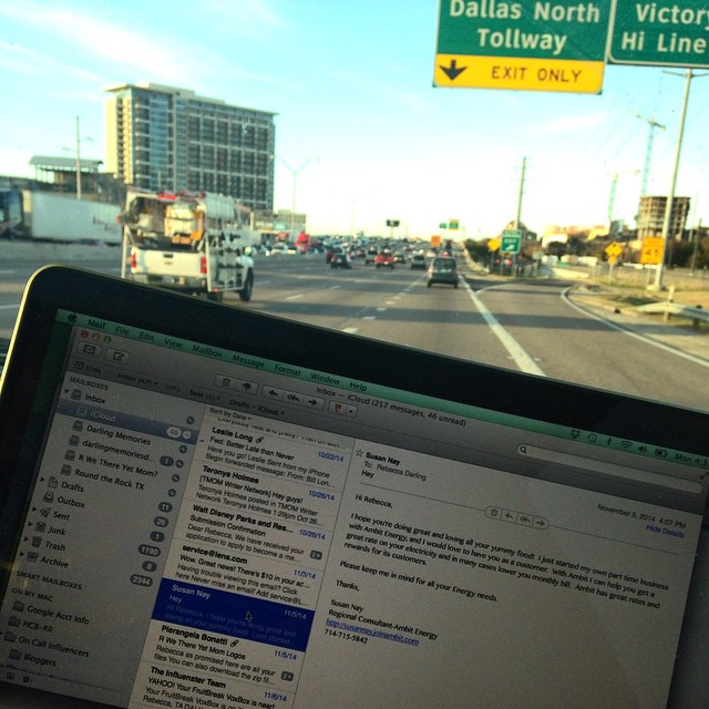 I like having a driver on my road trips - I get a ton of work done in my mobile office - Can you believe it was 3 hours of email?? And I'm still not done. ??#bloggerlife
