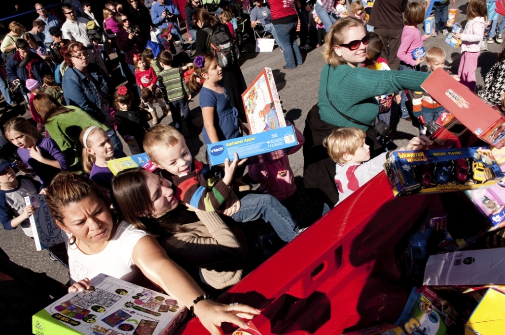 Chuy's Children Giving to Children Parade