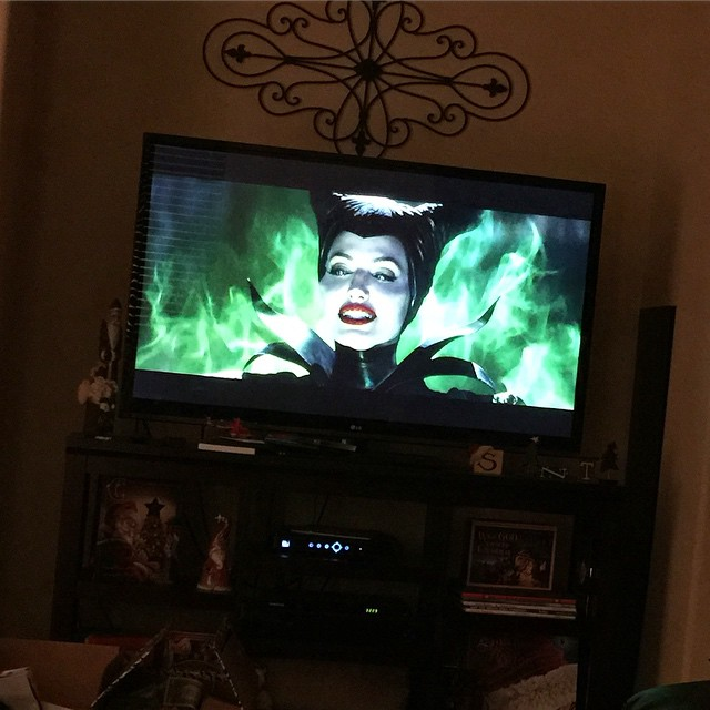 After a wonderful Christmas Day, it's time to settle down with a family movie. One of our favs! #Maleficent #Disney #DisneyMovie