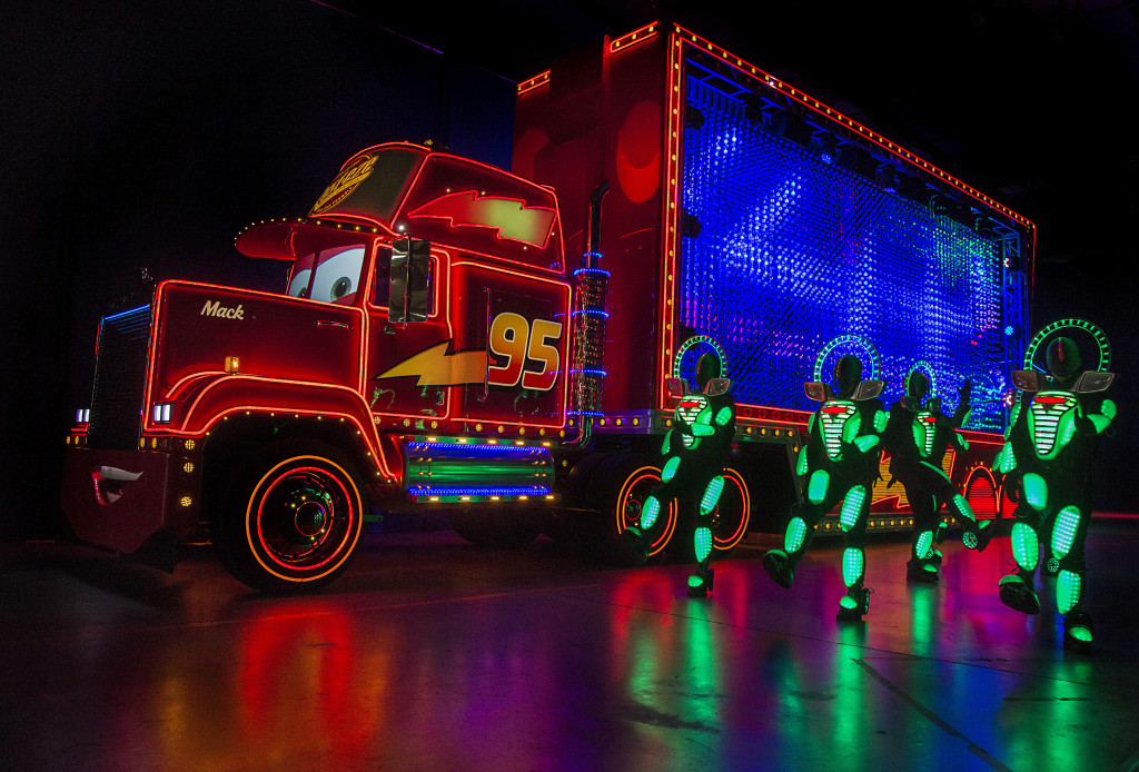 New Light Parade at Disneyland Diamond Celebration