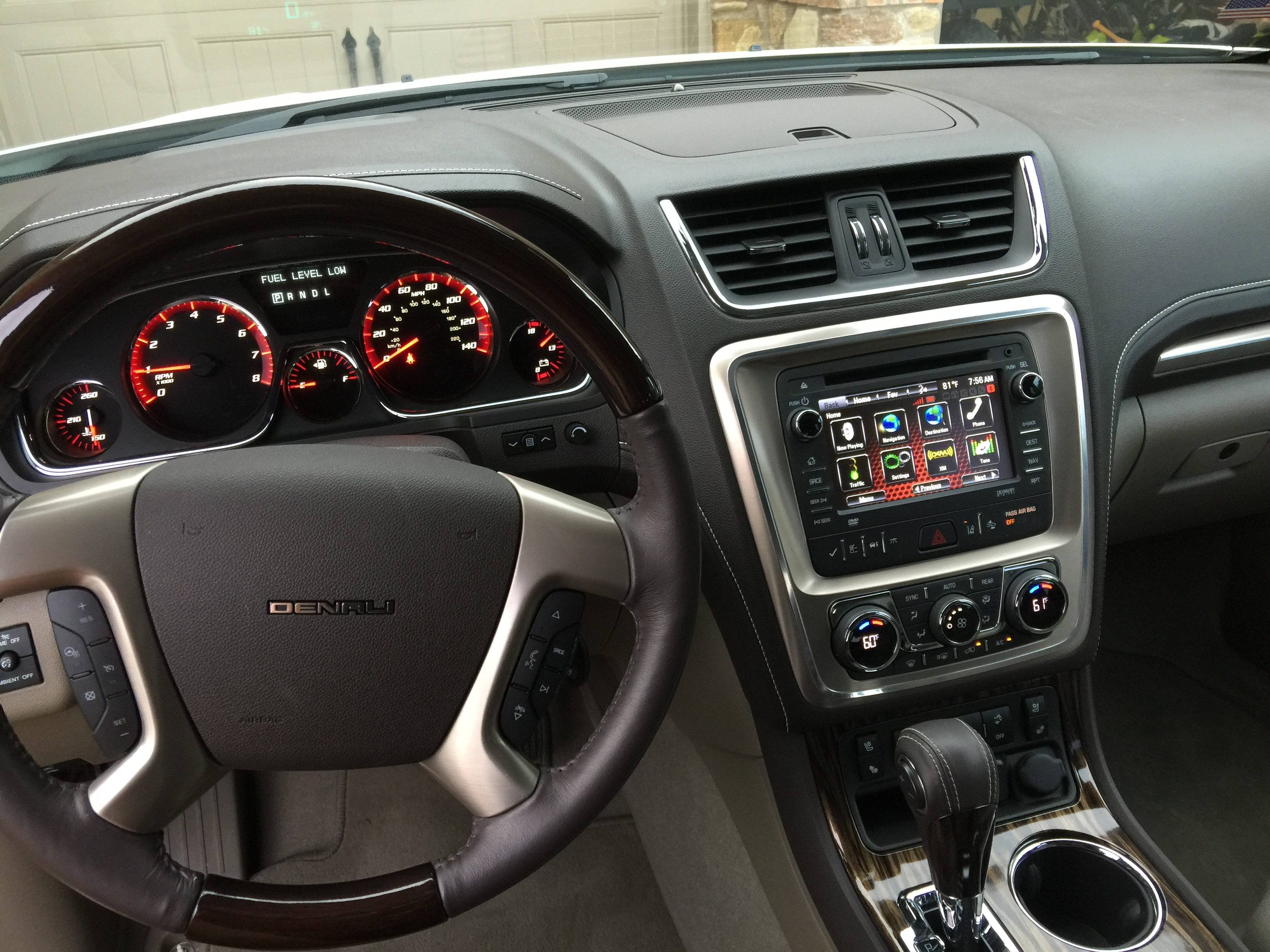 gmc auto kingdom centers vehicle listings acadia reviews overview sle awd