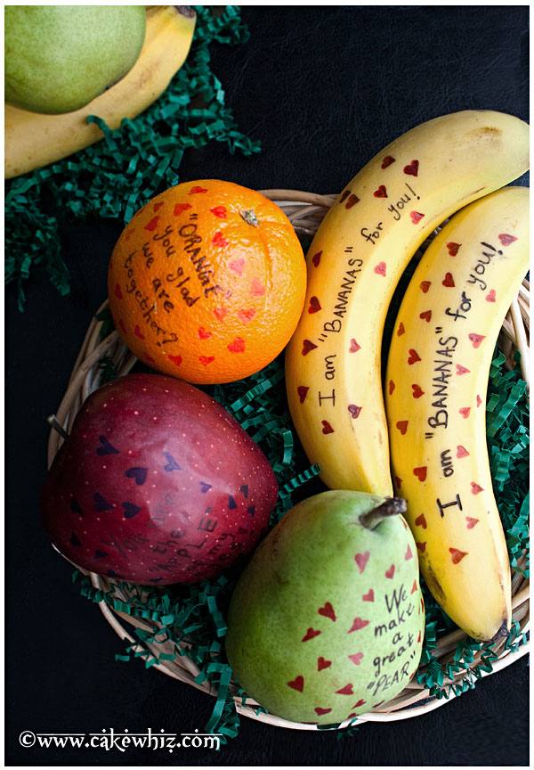 valentines-day-fruits-with-cute-messages-1