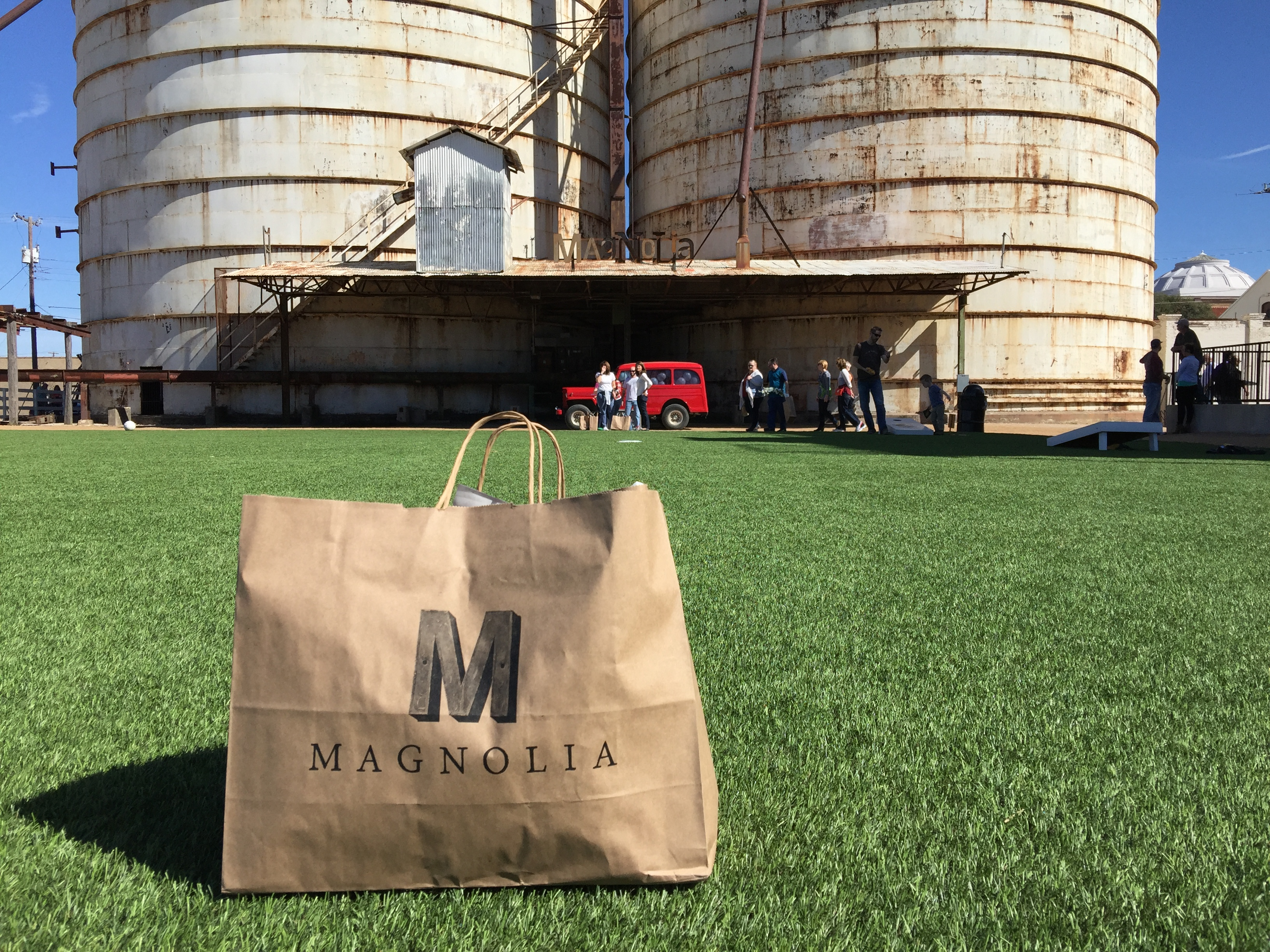 Fun things to know about chip amp joanna gaines magnolia market at