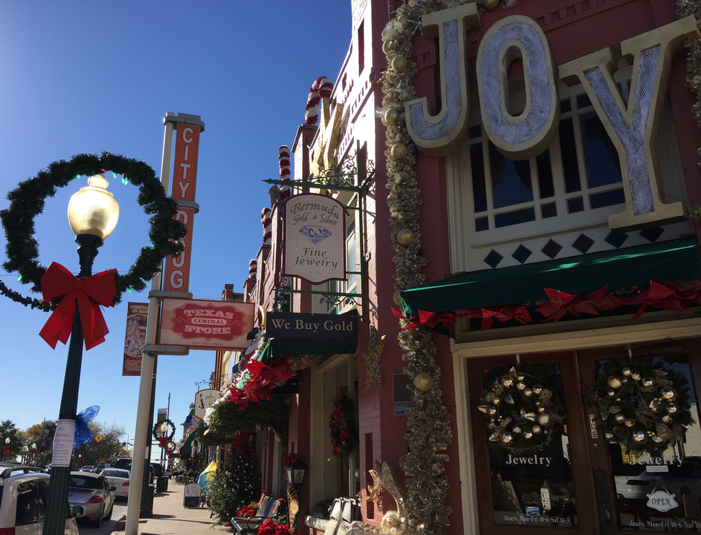 Christmas shopping on Main Street is one of many things to do in Grapevine, Texas.