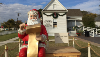 A Visit to Grapevine, The Christmas Capital of Texas