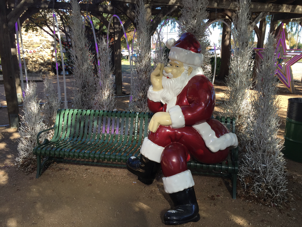 A Visit to Grapevine, The Christmas Capital of Texas - R We There ...
