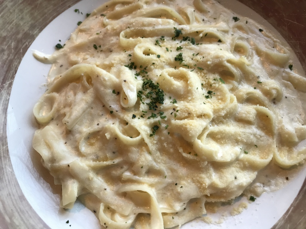 Fettuccine Alfredo at Toothsome Chocolate Emporium at Universal Orlando CityWalk