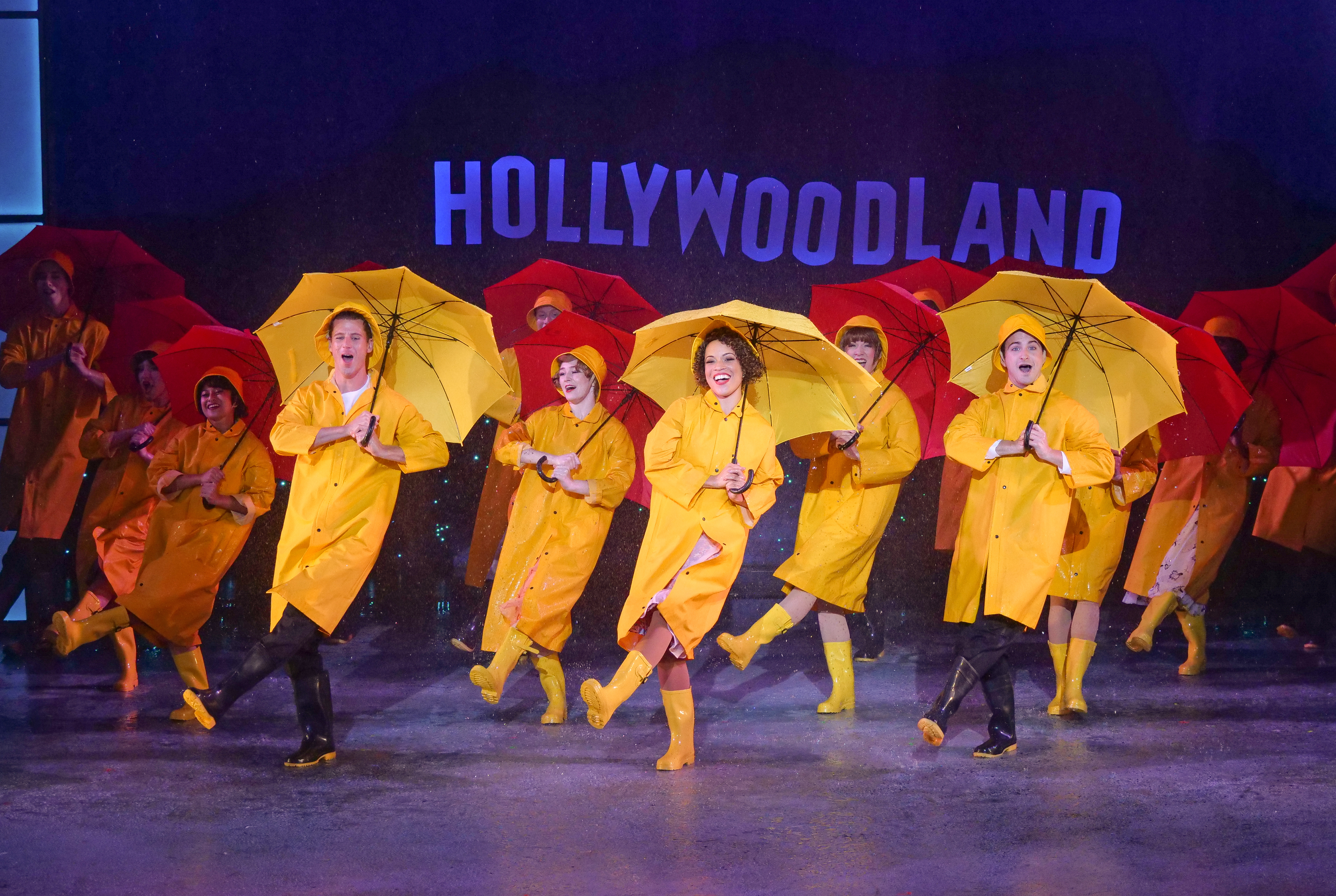 Singing in the Rain at ZACH Theatre