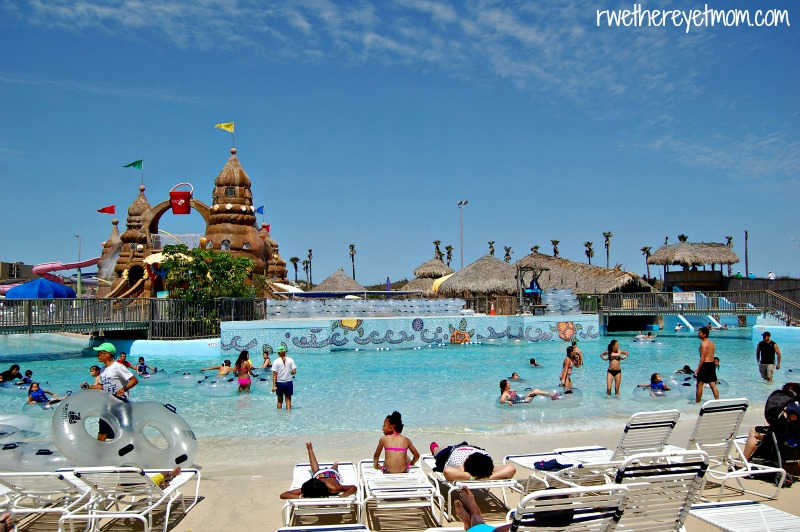 5 Reasons To Stay At Schlitterbahn Beach Resort South Padre Island Tx R We There Yet Mom