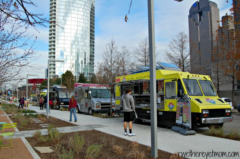 5 Cool Things To Do At The Klyde Warren Park Dallas Tx R We