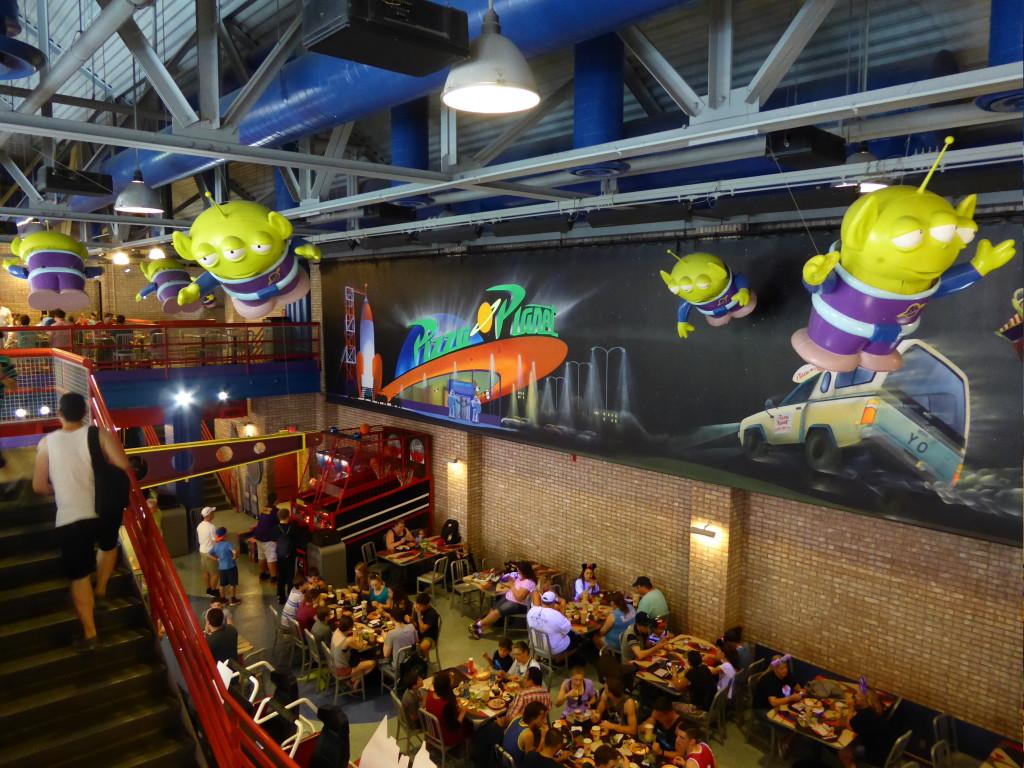 Pizza Planet Review   Disney's Hollywood Studios Restaurant