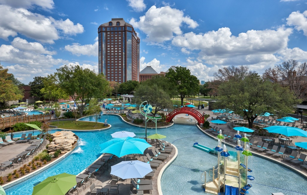 Staycation at Jade Waters at the Hilton Anatole in Dallas, Texas