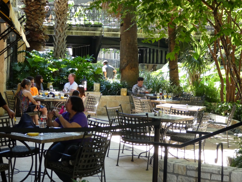 San Antonio with Kids- Hotel Contessa