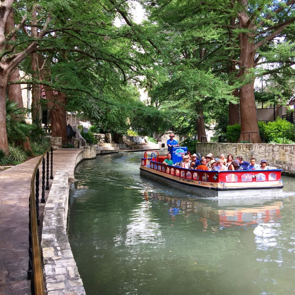 San Antonio with Kids- The Riverwalk